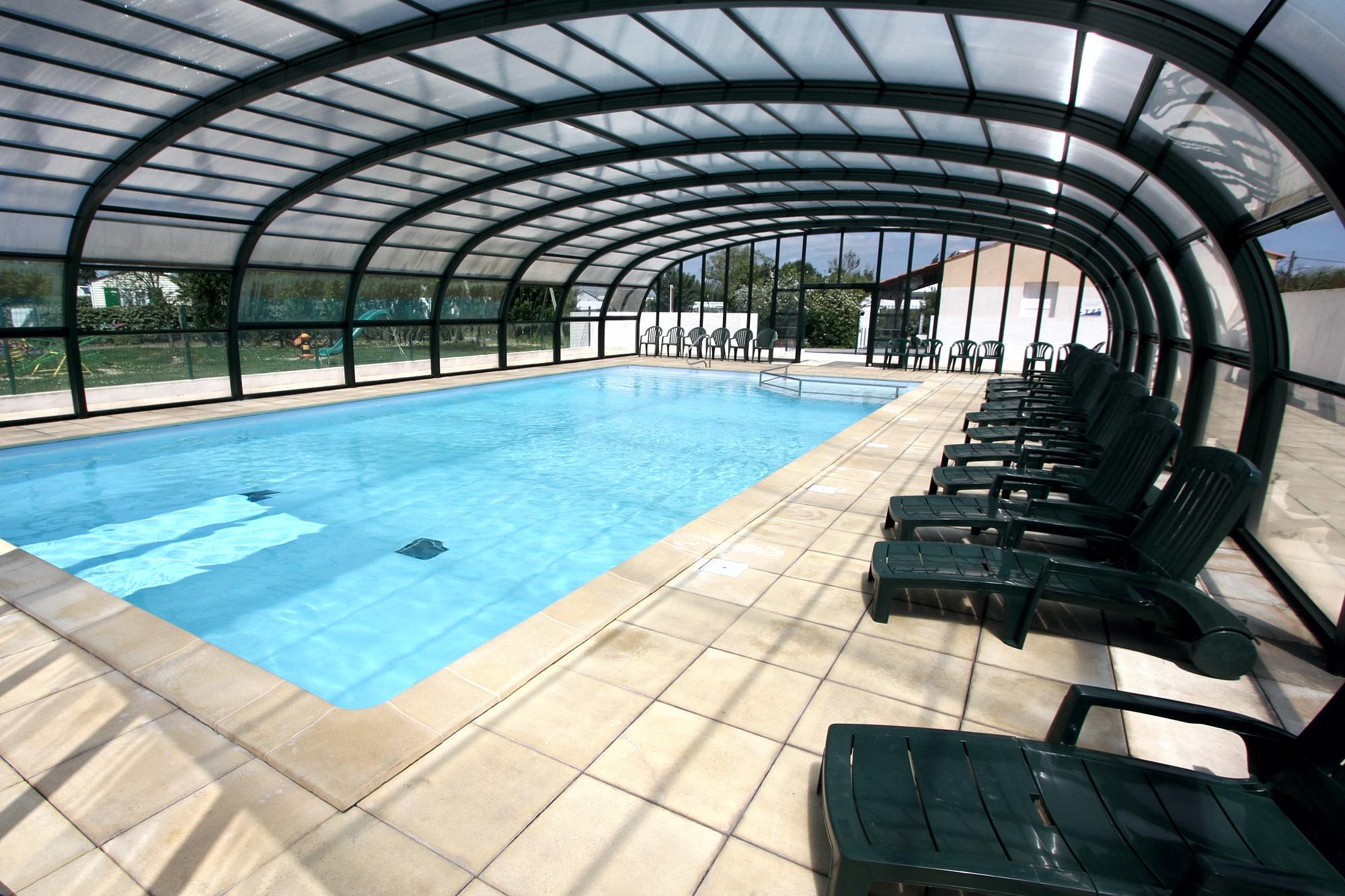 Camping avec piscine couverte chauffée à Saint Gilles Croix de Vie