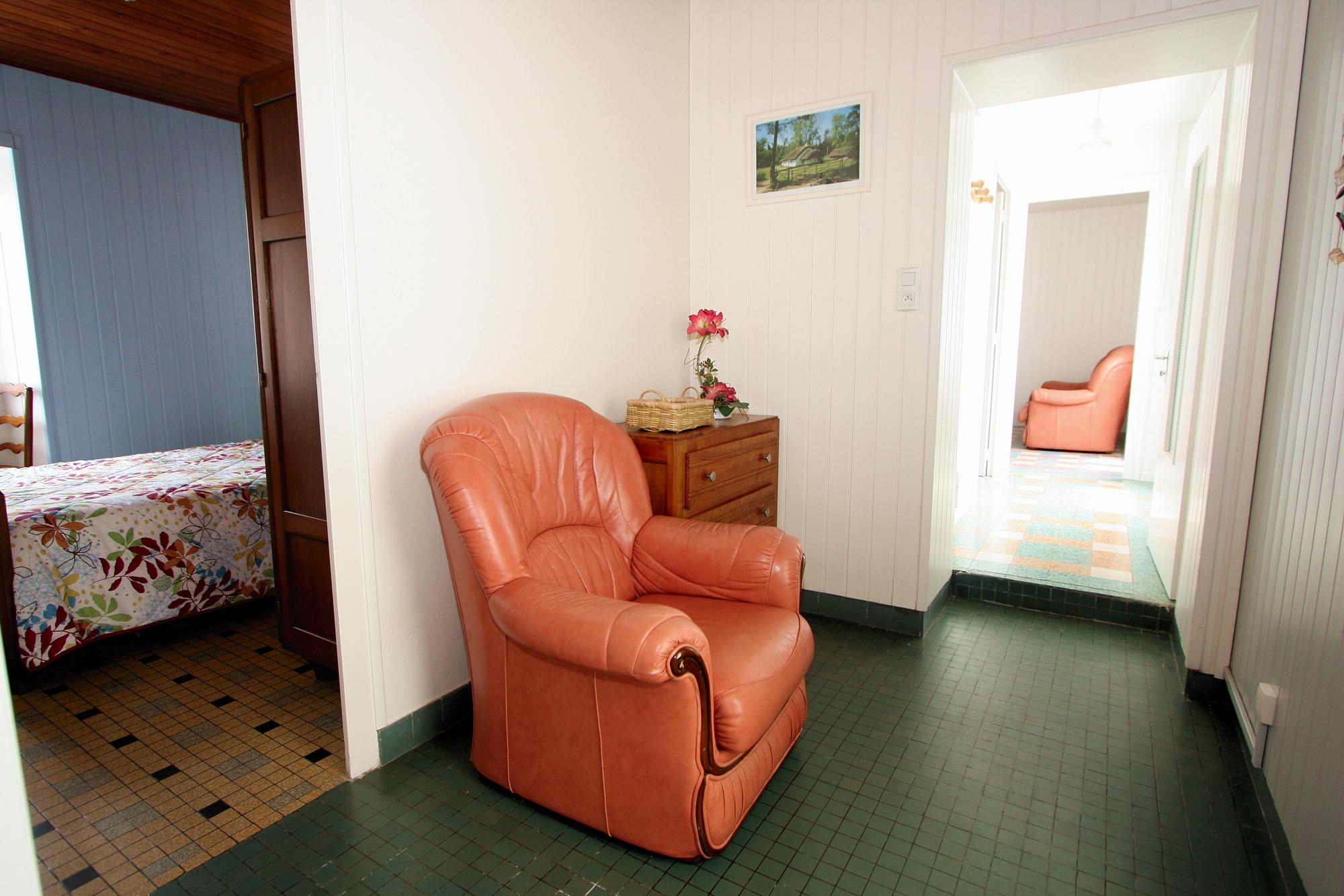 couloir acces chambres gite saint gilles croix de vie